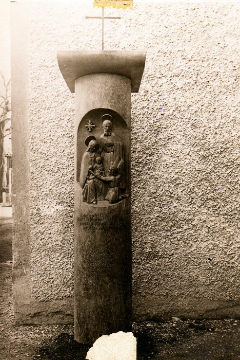 Oberammergauer Grabmal, Künstler: Max Schauer, Architekt und Bildhauer.Oberammergau, Dorfstr. 6