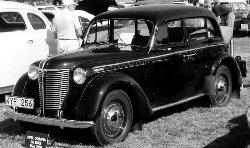 Opel_Olympia_De_Luxe_1,5-Liter_4-Door_Sedan_1939